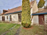 Prodej domu v osobním vlastnictví 100 m², Dobročovice