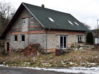 Prodej domu v osobním vlastnictví 314 m², Přezletice