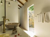 Koupelna - Prodej domu v osobním vlastnictví 233 m², Koh Jum Beach Vilas
