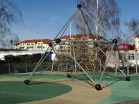 dětské hřiště - Prodej bytu 2+kk v osobním vlastnictví 44 m², Praha 10 - Horní Měcholupy