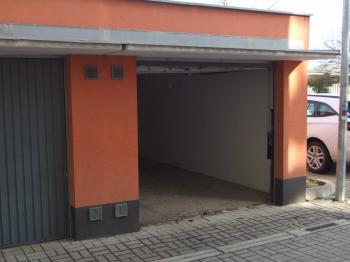 Prodej garáže 20 m², Praha 10 - Uhříněves
