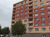 pohled na dům - Prodej bytu 1+kk v osobním vlastnictví 20 m², Říčany
