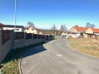 Dokončené povrchy komunikací - Prodej domu v osobním vlastnictví 104 m², Mukařov