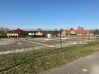 Slunný pozemek s jižní orientací - Prodej domu v osobním vlastnictví 104 m², Mukařov