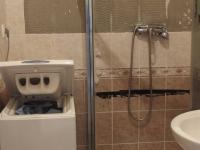 koupelna vyžaduje rekonstrukci - Prodej bytu 2+kk v osobním vlastnictví 40 m², Praha 4 - Krč