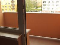 k disozici je i lodžie pod uzamčením na mezipatře - Pronájem bytu 1+kk v osobním vlastnictví 20 m², Říčany