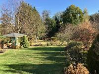 Slunný velký pozemek - Prodej chaty / chalupy 50 m², Zásmuky