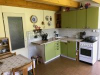 Kuchyň - Prodej chaty / chalupy 50 m², Zásmuky