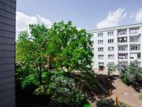 výhled z ložnice (Prodej bytu 2+1 v osobním vlastnictví 50 m², Praha 3 - Žižkov)
