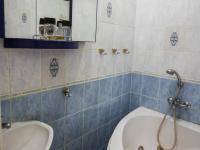koupelna (Prodej bytu 2+1 v osobním vlastnictví 50 m², Praha 3 - Žižkov)