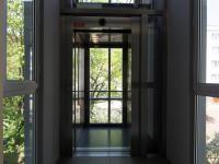 výtah (Prodej bytu 2+1 v osobním vlastnictví 50 m², Praha 3 - Žižkov)