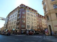 Dům (Prodej bytu 2+kk v osobním vlastnictví 48 m², Praha 1 - Staré Město)