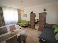 Obývací pokoj (Prodej bytu 2+kk v osobním vlastnictví 48 m², Praha 1 - Staré Město)