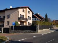 Pronájem domu v osobním vlastnictví 400 m², Praha 4 - Hodkovičky