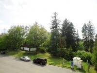 výhled z lodžie - Prodej bytu 3+1 v osobním vlastnictví 70 m², Kamenice