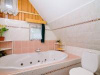 Prodej domu v osobním vlastnictví 750 m², Pecka