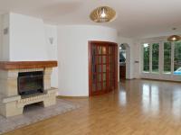Pronájem domu v osobním vlastnictví 315 m², Průhonice