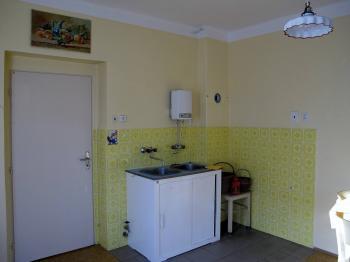 kuchyně - Prodej domu v osobním vlastnictví 130 m², Libňatov