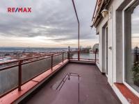 první terasa (Prodej bytu 4+kk v osobním vlastnictví 124 m², Praha 9 - Prosek)