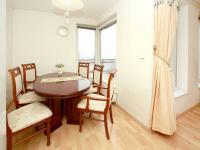 jídelna (Prodej bytu 4+kk v osobním vlastnictví 124 m², Praha 9 - Prosek)
