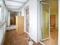 druhá terasa (Prodej bytu 4+kk v osobním vlastnictví 124 m², Praha 9 - Prosek)
