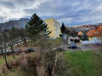 výhled z bytu - Prodej bytu 3+1 v družstevním vlastnictví 64 m², Praha 4 - Háje
