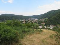 pohled od Masečína na Štěchovice  (Prodej pozemku 3450 m², Štěchovice)