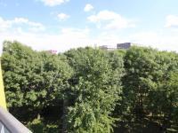 Výhled z balkónu (Pronájem bytu 1+kk v osobním vlastnictví 30 m², Praha 9 - Prosek)