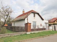 Pohled na dům z ulice (Prodej domu v osobním vlastnictví 67 m², Tuklaty)