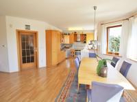 Prodej domu v osobním vlastnictví 285 m², Březí