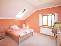 Ložnice (Prodej domu v osobním vlastnictví 285 m², Březí)
