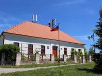 Místní úřad (Prodej pozemku 930 m², Libeř)