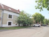 Prodej domu v osobním vlastnictví 450 m², Buštěhrad