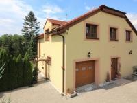 vstup do domu (Prodej domu v osobním vlastnictví 280 m², Zdiby)