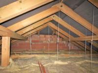 půda (Prodej domu v osobním vlastnictví 280 m², Zdiby)