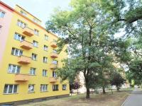 Pohled  na dům (Prodej bytu 2+kk v osobním vlastnictví 80 m², Praha 9 - Libeň)