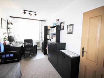 Pokoj/pracovna - Prodej bytu 3+1 v družstevním vlastnictví 71 m², Praha 8 - Čimice