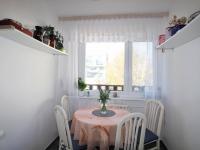 Jídelní kout v kuchyni - Prodej bytu 3+1 v družstevním vlastnictví 71 m², Praha 8 - Čimice