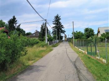 hlavní cesta - Prodej pozemku 956 m², Štěchovice