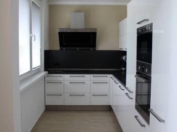Kuchyňsý kout - Pronájem bytu 4+kk v osobním vlastnictví 82 m², Praha 5 - Hlubočepy