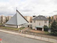 Okolí domu - Prodej bytu 3+kk v osobním vlastnictví 95 m², Praha 10 - Strašnice