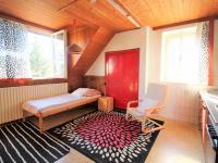 Prodej domu v osobním vlastnictví 200 m², Hlásná Třebaň