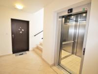 Interiér domu - Pronájem bytu 4+kk v osobním vlastnictví 102 m², Praha 10 - Uhříněves
