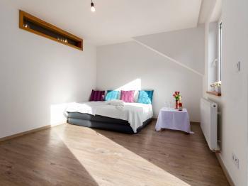 Prodej bytu 4+kk v osobním vlastnictví 102 m², Nižbor