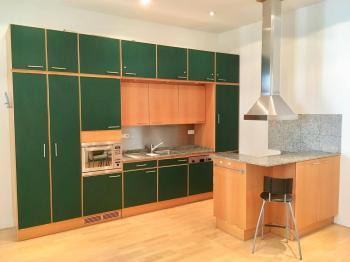 Kuchyňský kout - Pronájem bytu 2+kk v osobním vlastnictví 54 m², Praha 7 - Bubeneč