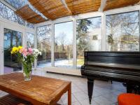 vytápěná zimní zahrada - Prodej domu v osobním vlastnictví 380 m², Ústí nad Labem
