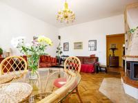 salónek s krbem - Prodej domu v osobním vlastnictví 380 m², Ústí nad Labem