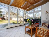 zimní zahrada se vstupem z kuchyně - Prodej domu v osobním vlastnictví 380 m², Ústí nad Labem