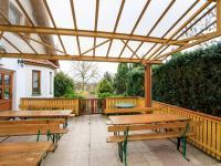 zastřešená terasa (Prodej restaurace 313 m², Varnsdorf)