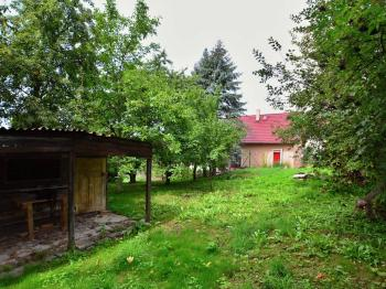 Prodej pozemku 933 m², Děčín